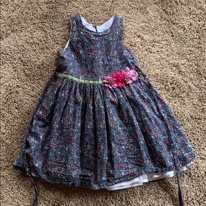 Poofy girls dress!